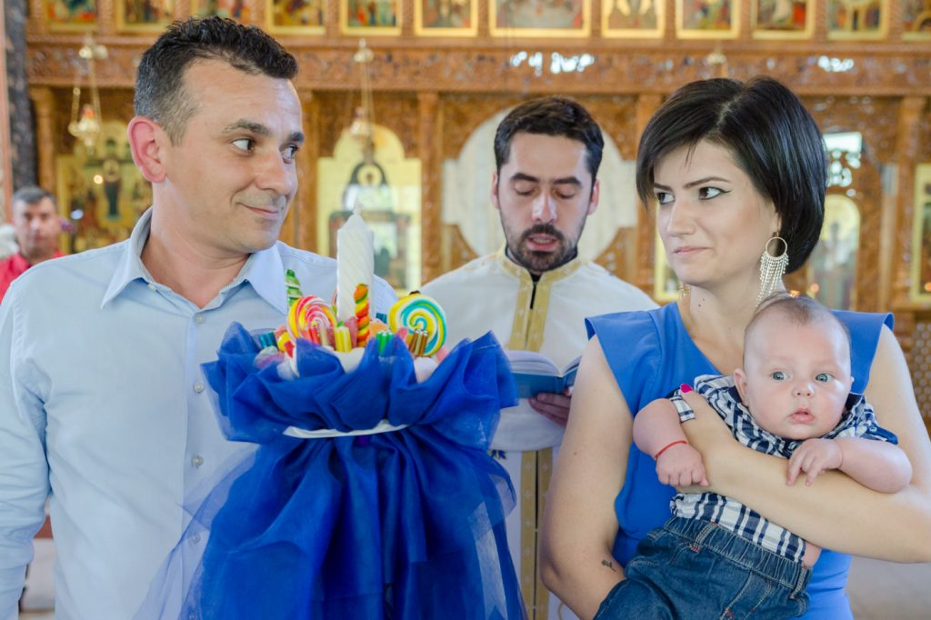 fotografie de botez nasii la biserica